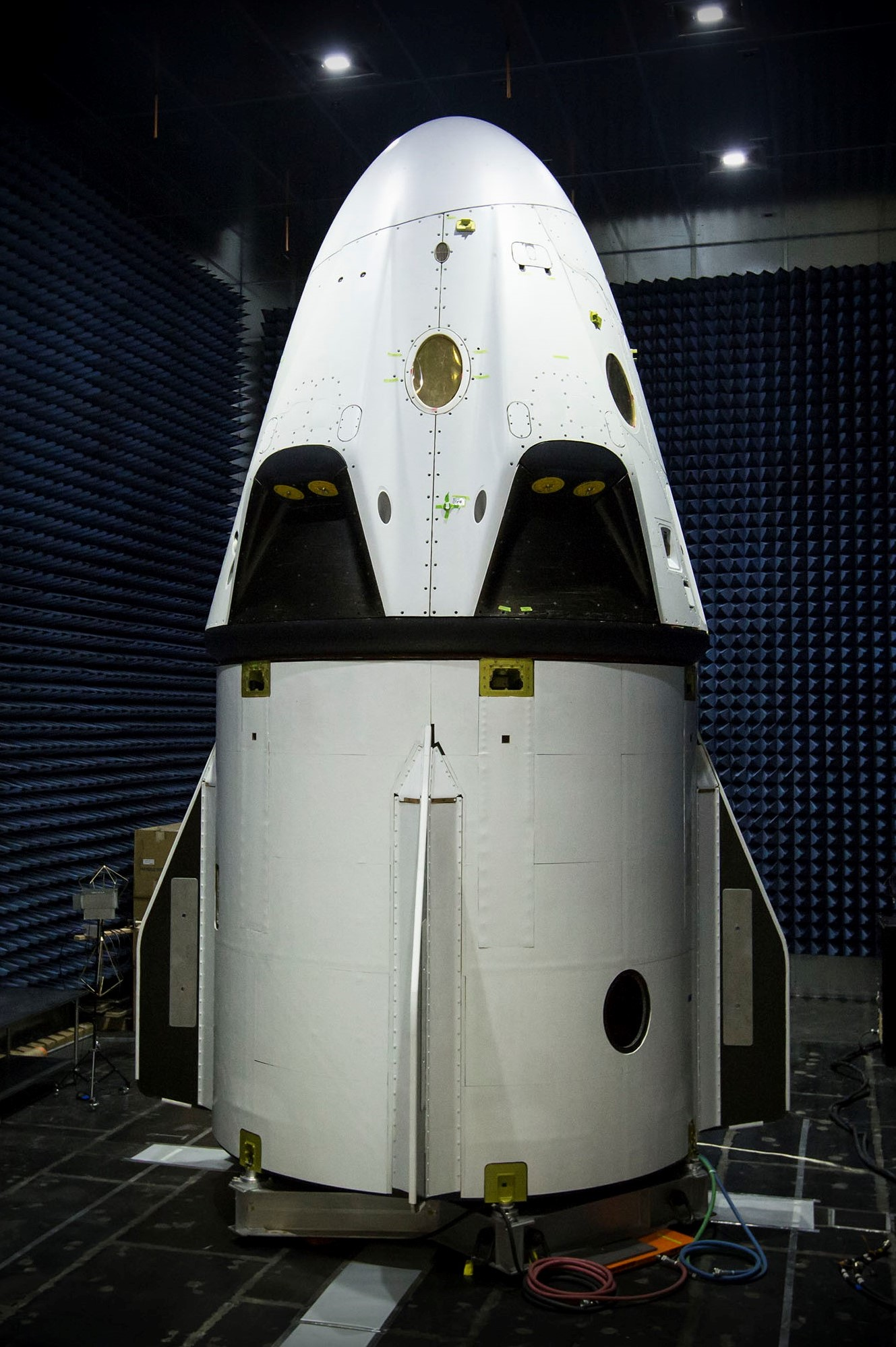 dragon 2 and trunk