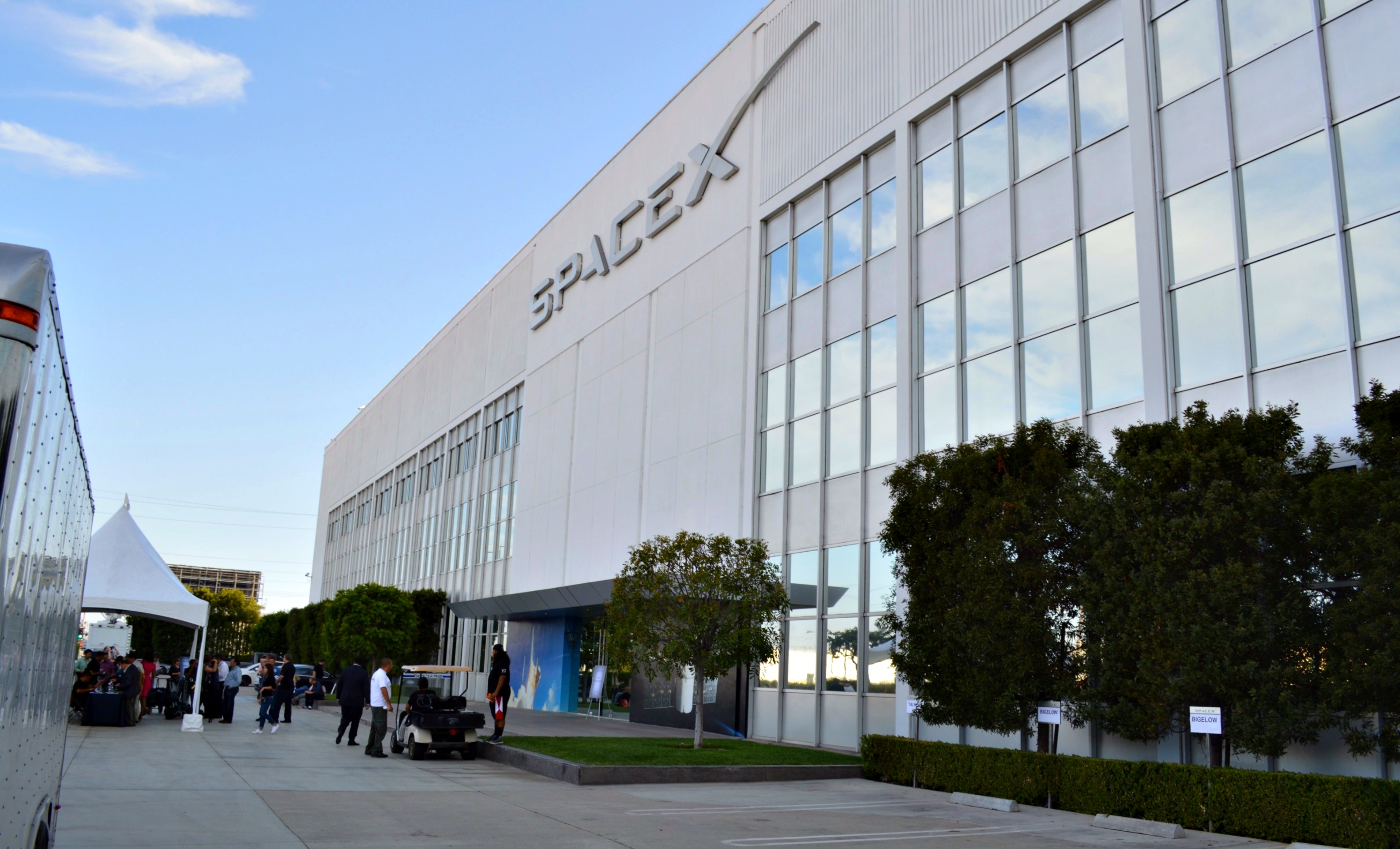 spacex-headquarters-hawthorne