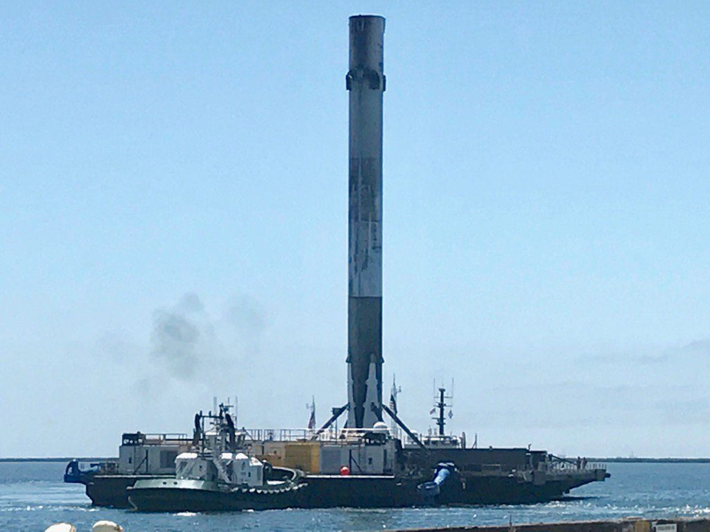 SpaceX drone ship returns to Los Angeles Port with recovered Falcon 9