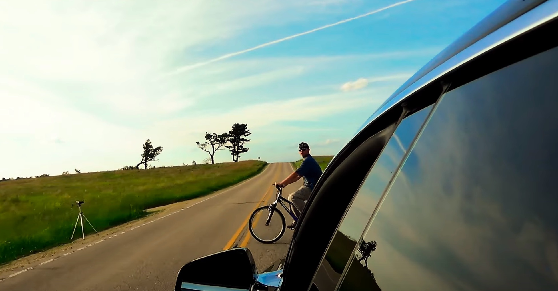 Tesla Model S Owner Tests Autopilots Ability To Avoid Hitting Bikers Video