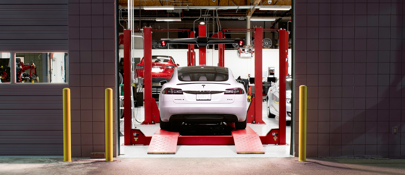 Tesla owners can now self-schedule service appointments online