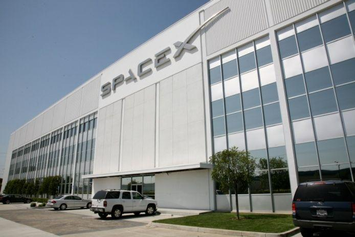 spacex-headquarters-a-550-000-square-foot-facility-in-hawthorne