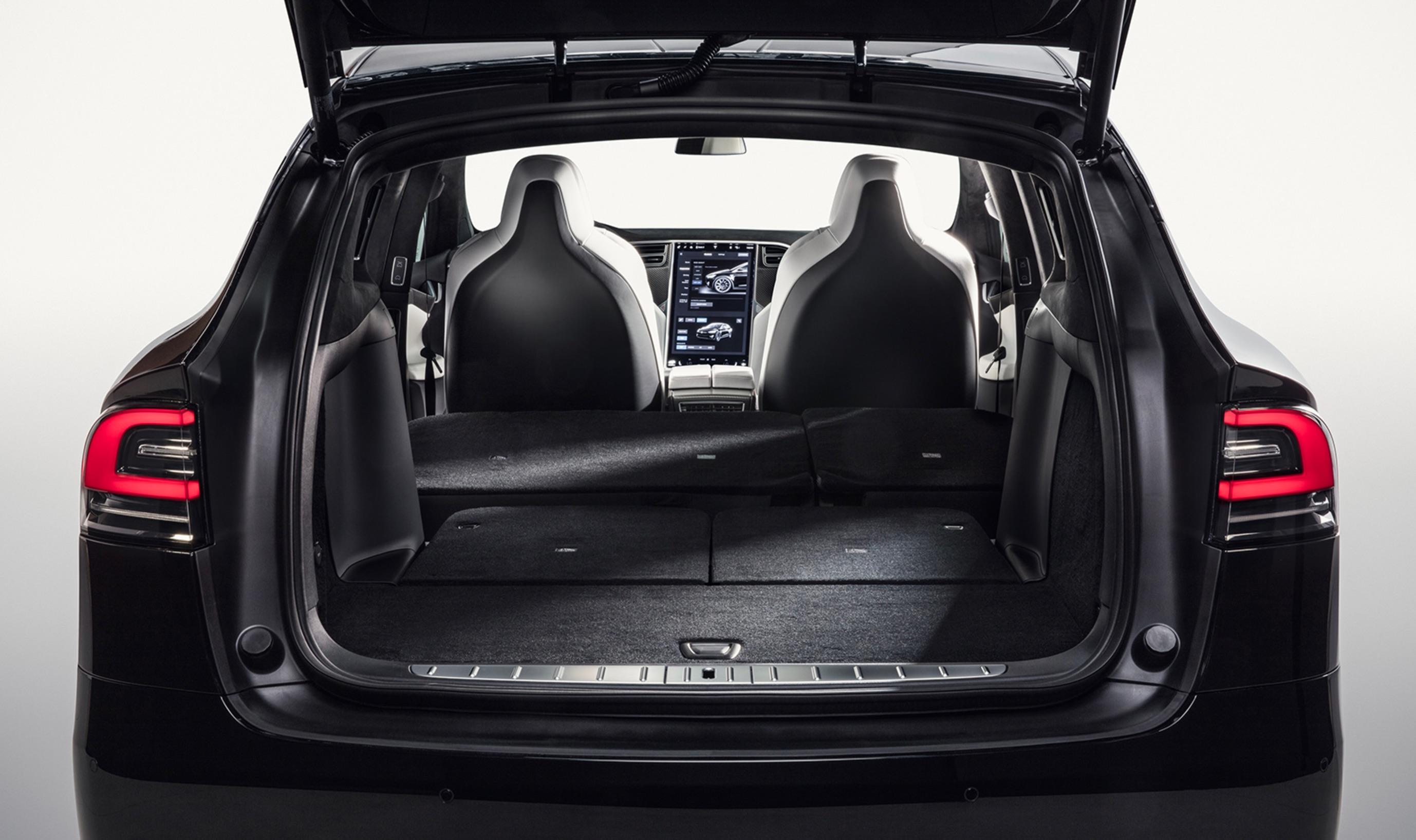 teszla-model-x-fold-down-7-seats