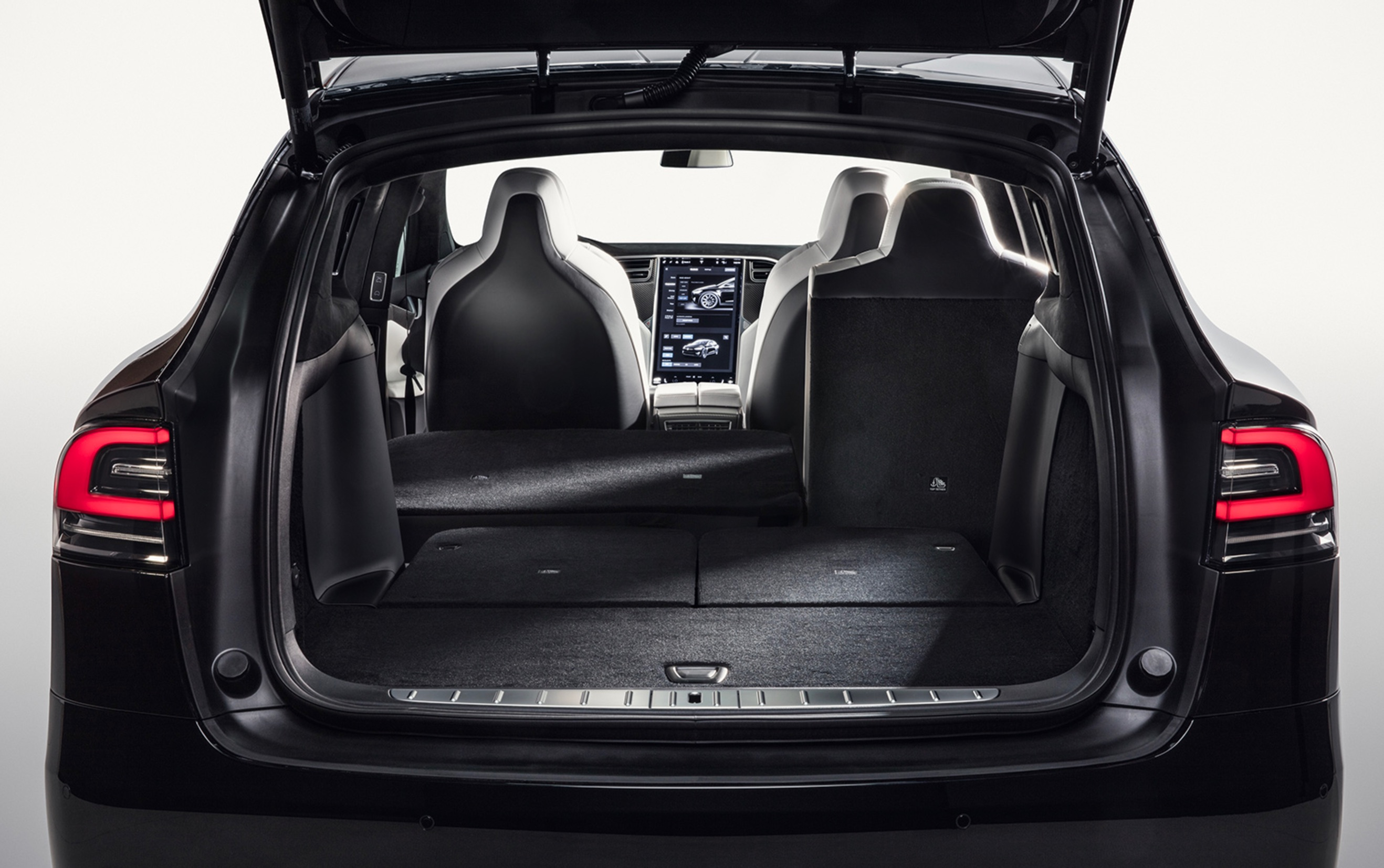 Tesla model x in 7 seat configuration finally gets fold for Model flat pictures