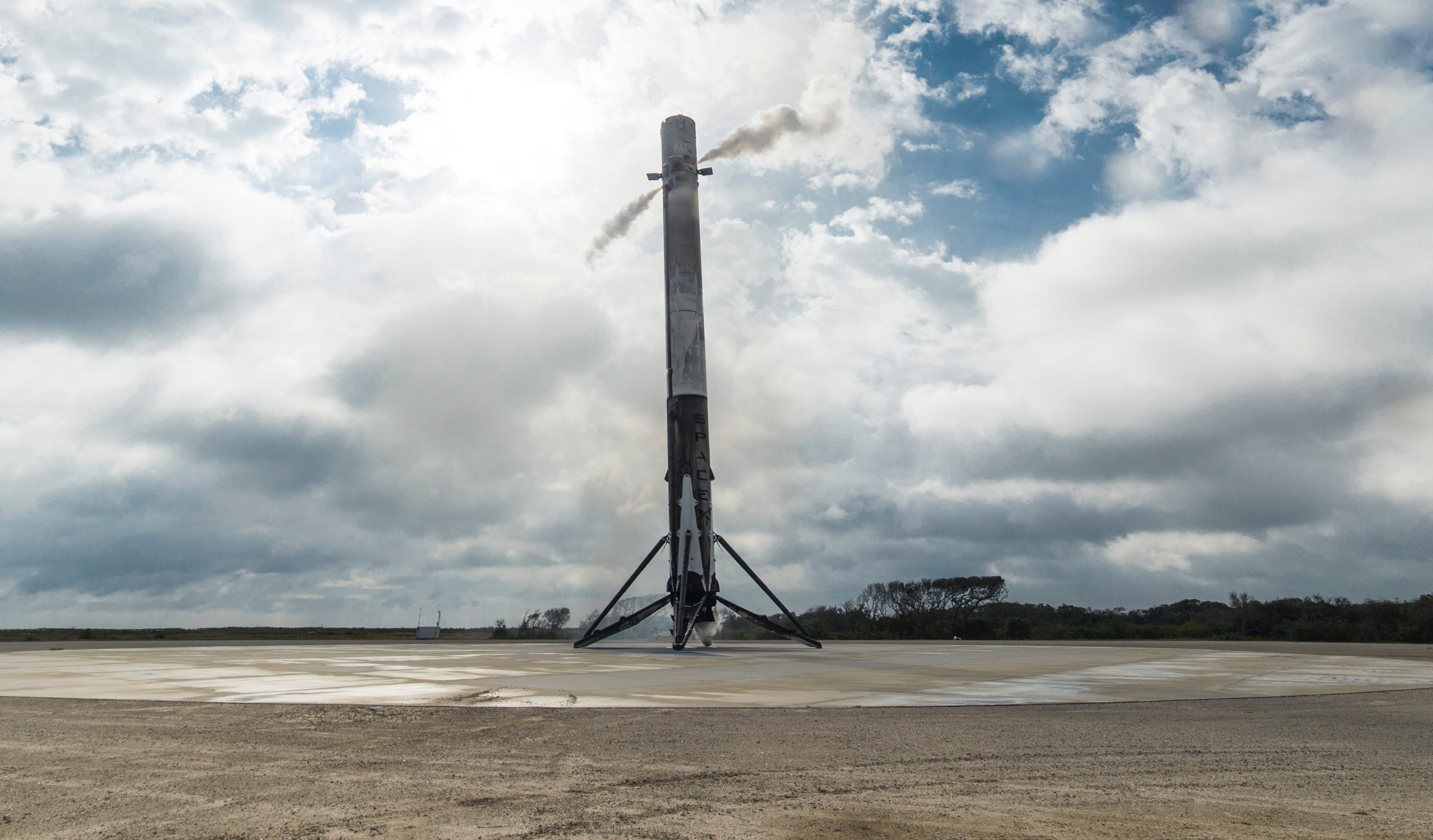 The first stage of Falcon 9 landed at LZ-1 following the launch of CRS-10 in February 2017. Expect a similar spectacle this Monday! (SpaceX)