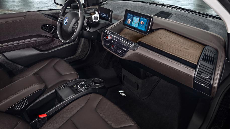 bmw-i3-sport-edition-interior-2 - TESLARATI.com