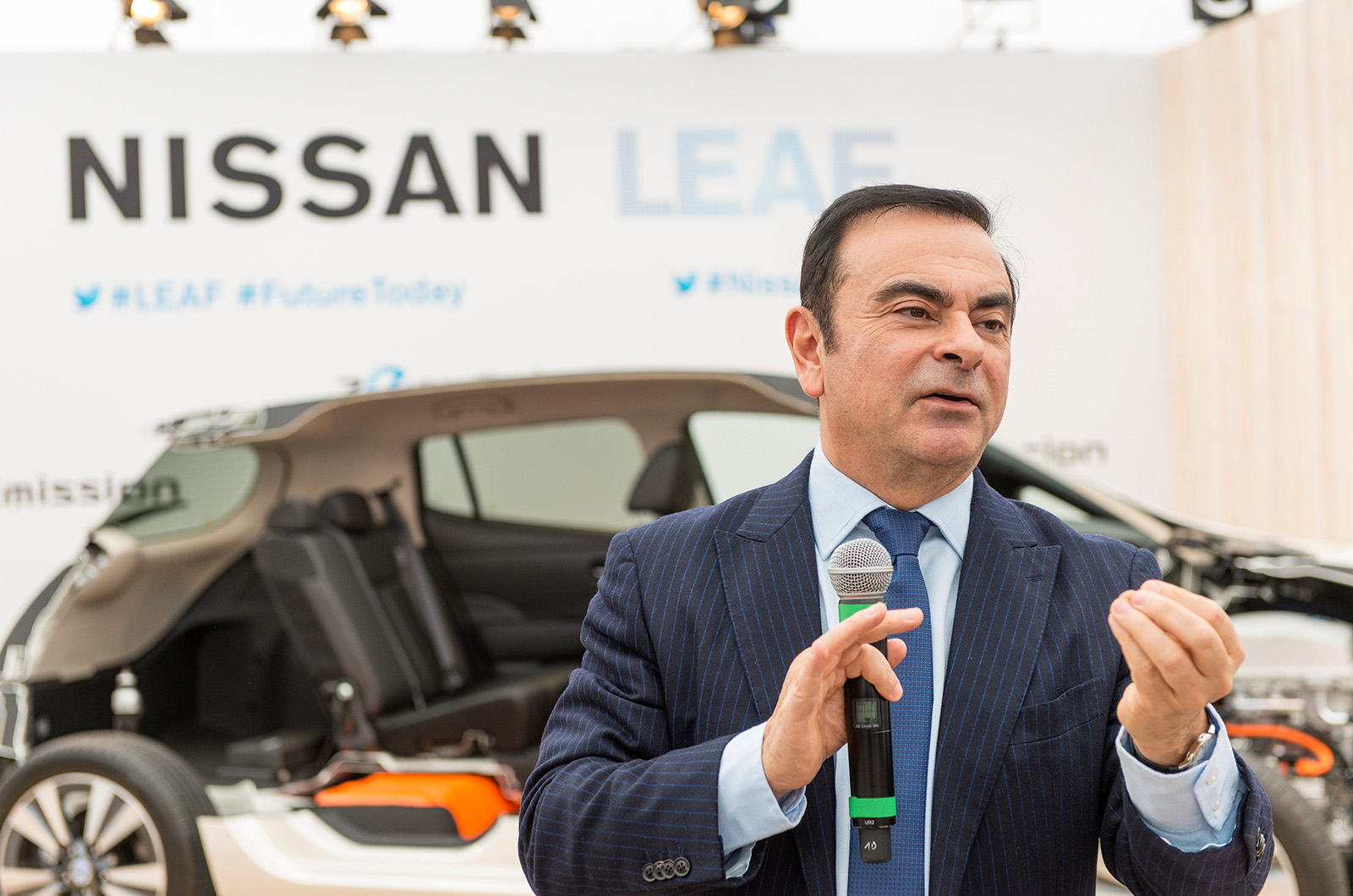 carlos-ghosn-Nissan-batteries-sold
