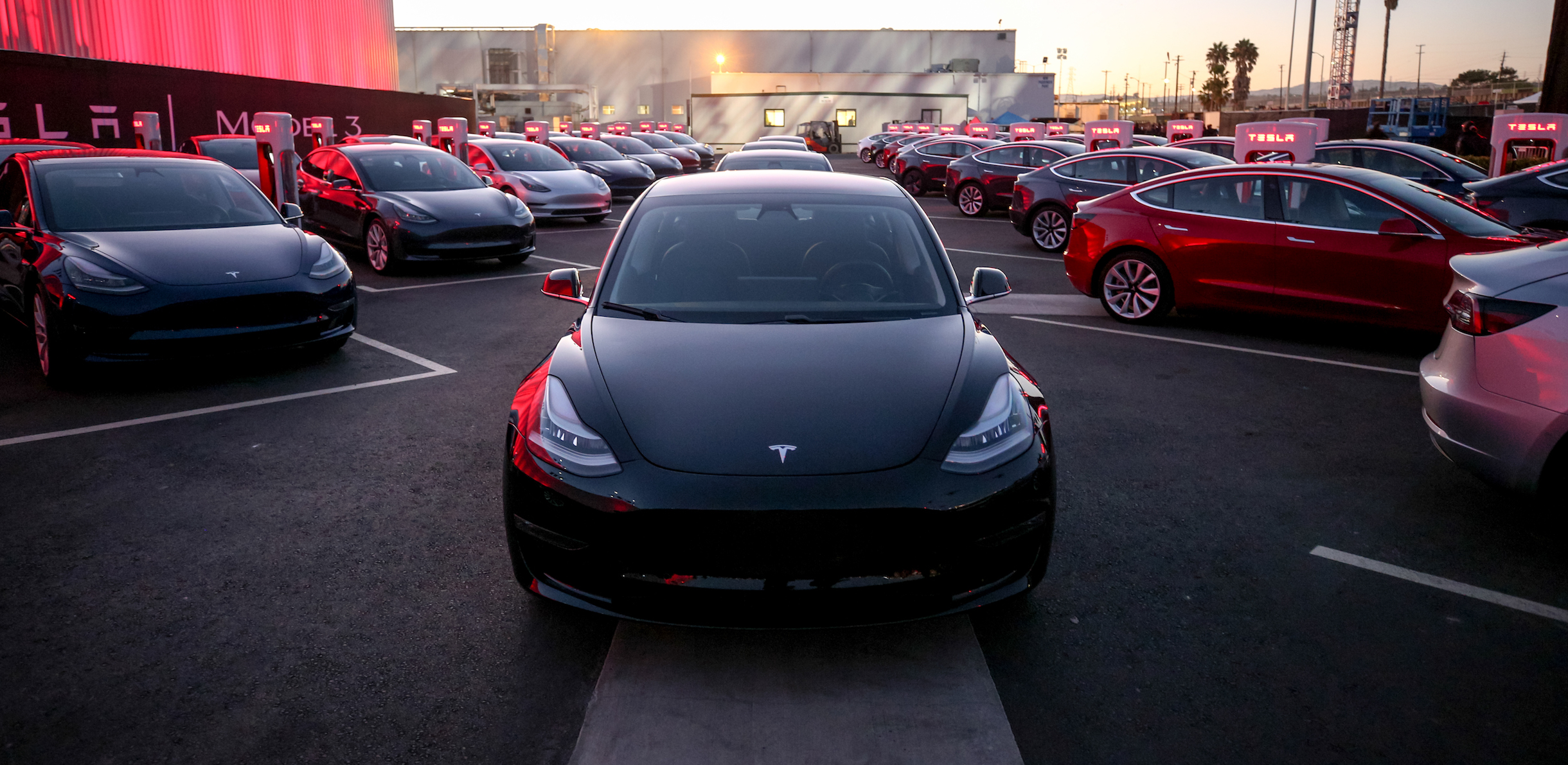 tesla-model-3-first-production-cars-delivery-event