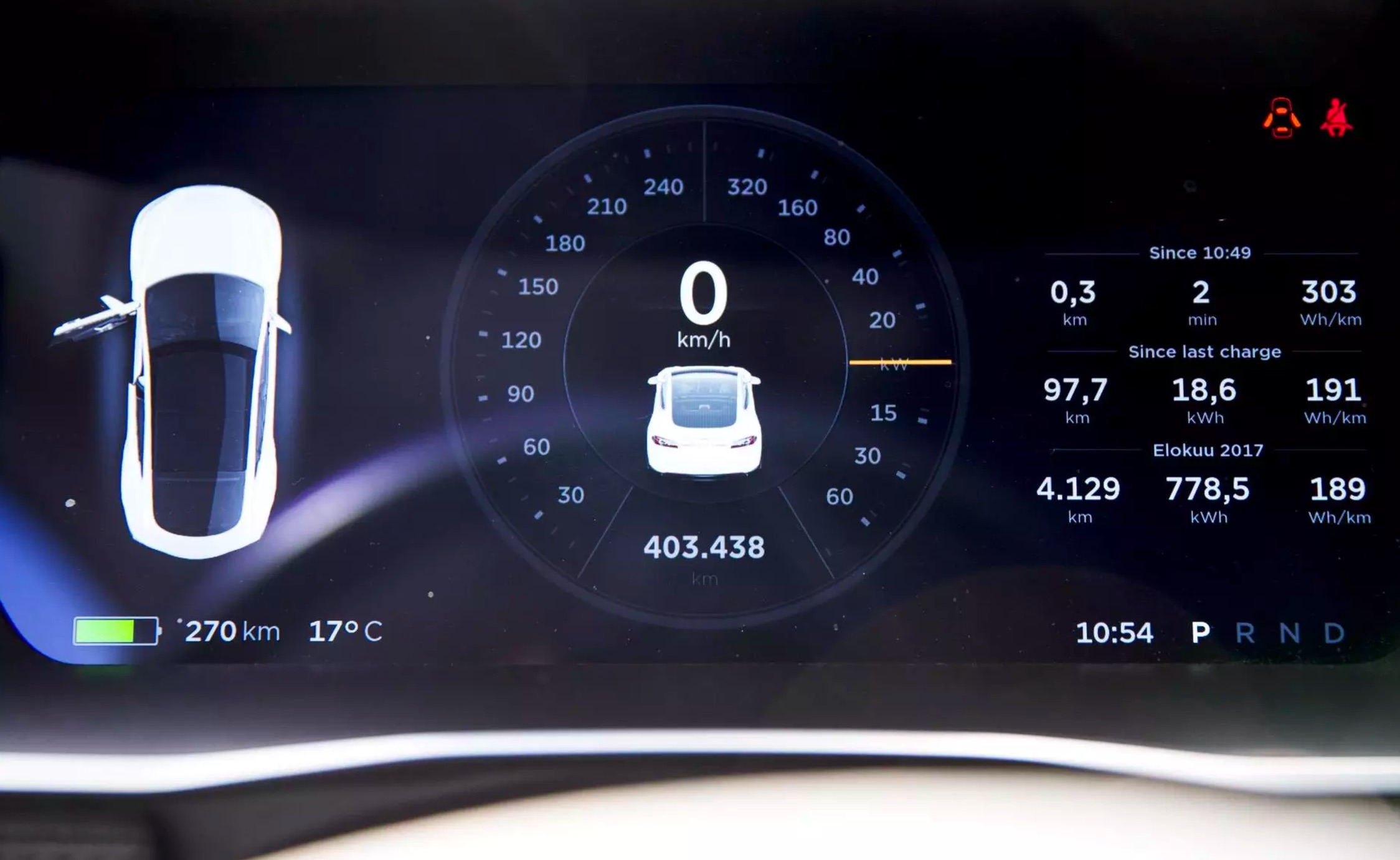 Finnish Tesla Model S Taxi Driver Crosses 400 000 Km 93