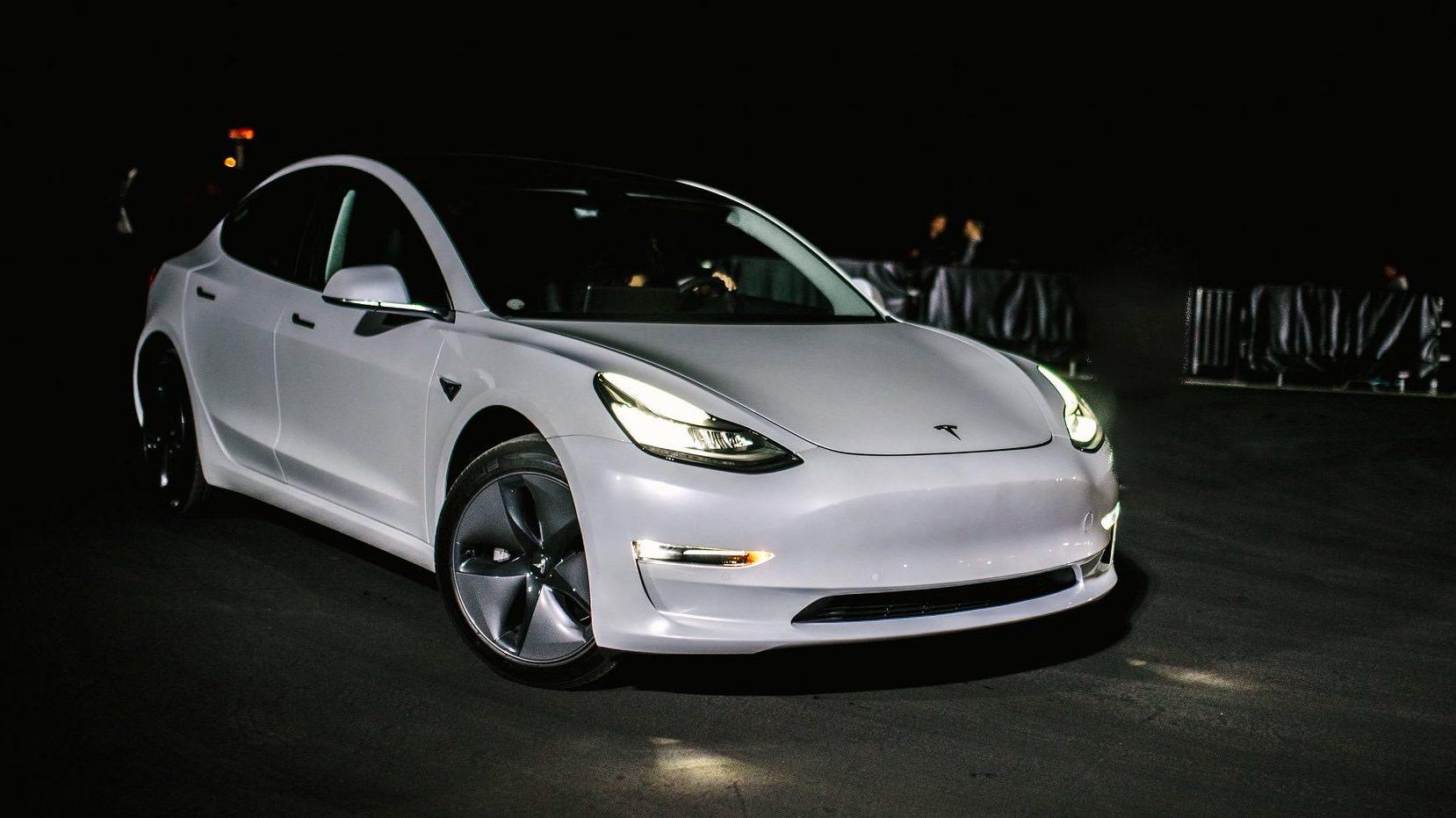 Tesla Model 3 headlights gain the IIHS' elusive 'Good