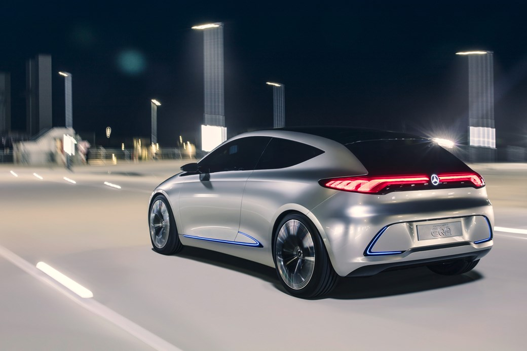 Mercedes Commits To Electrifying Its Entire Range By 2022