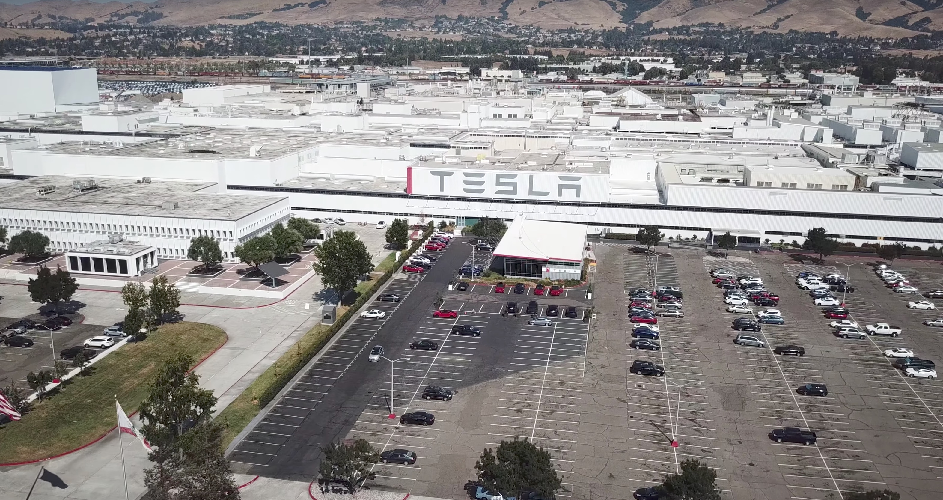 Tesla outlines plan to become safest car factory in the world