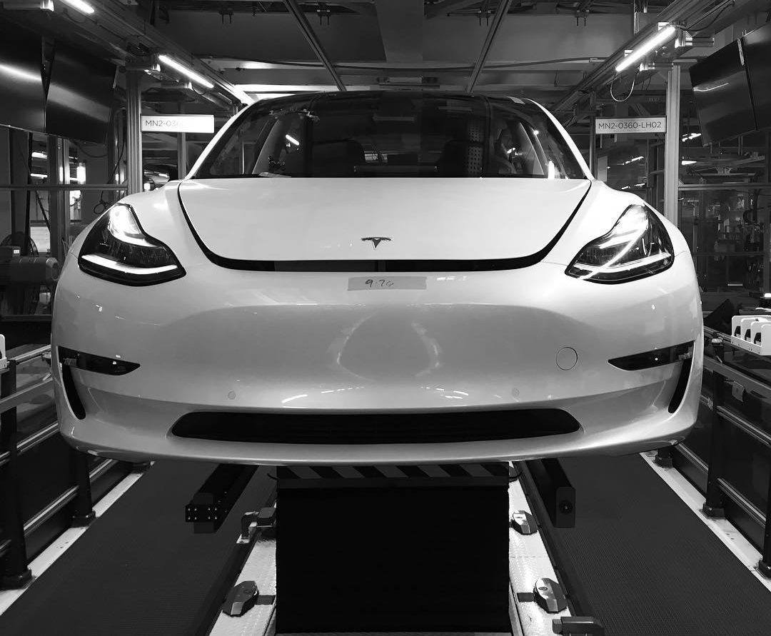 tesla-model-3-fremont-factory-production-line