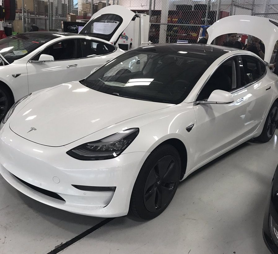 Tesla dialed back Model 3 parts orders by 40%, says Taiwan