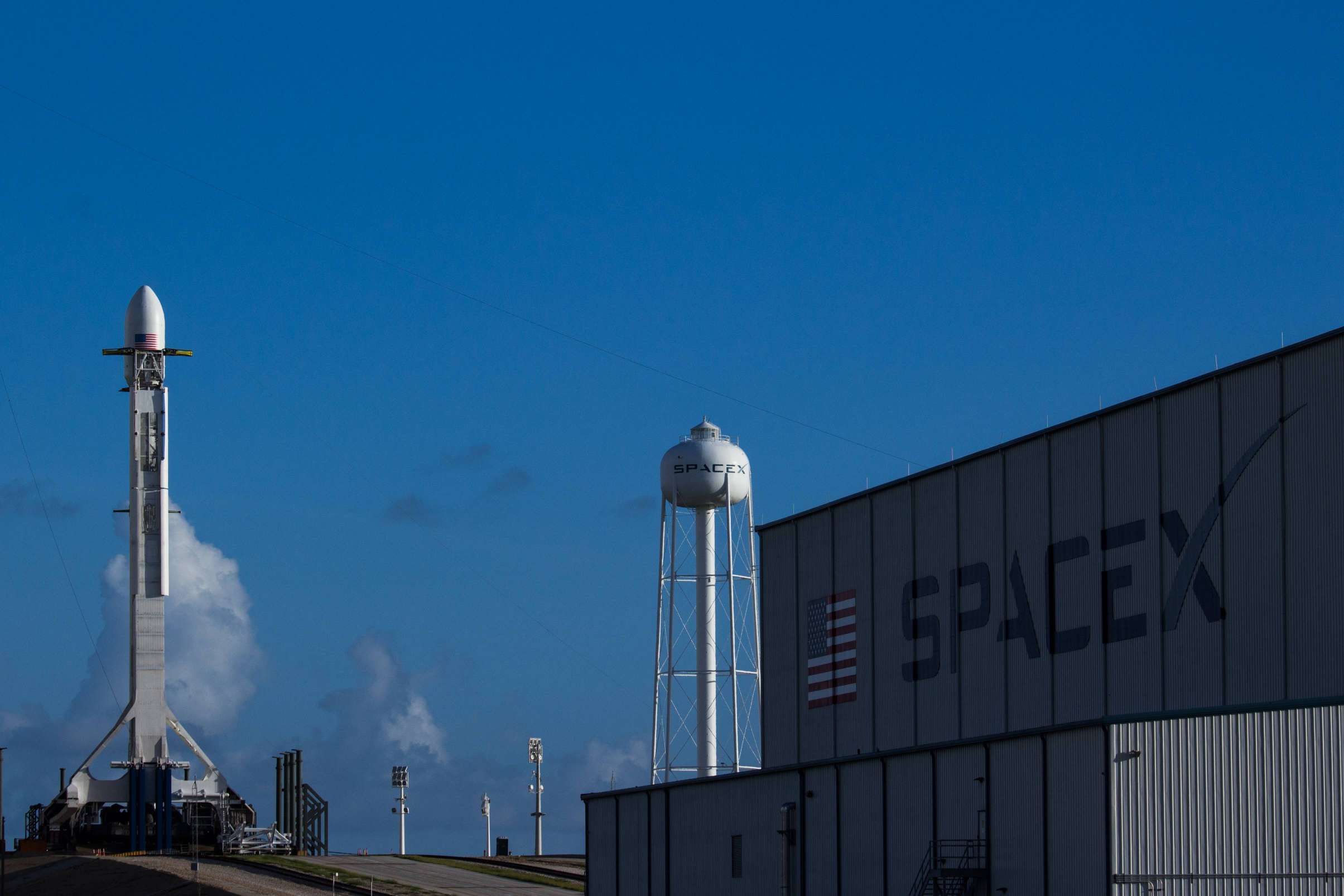 Falcon 9 ready for SES11