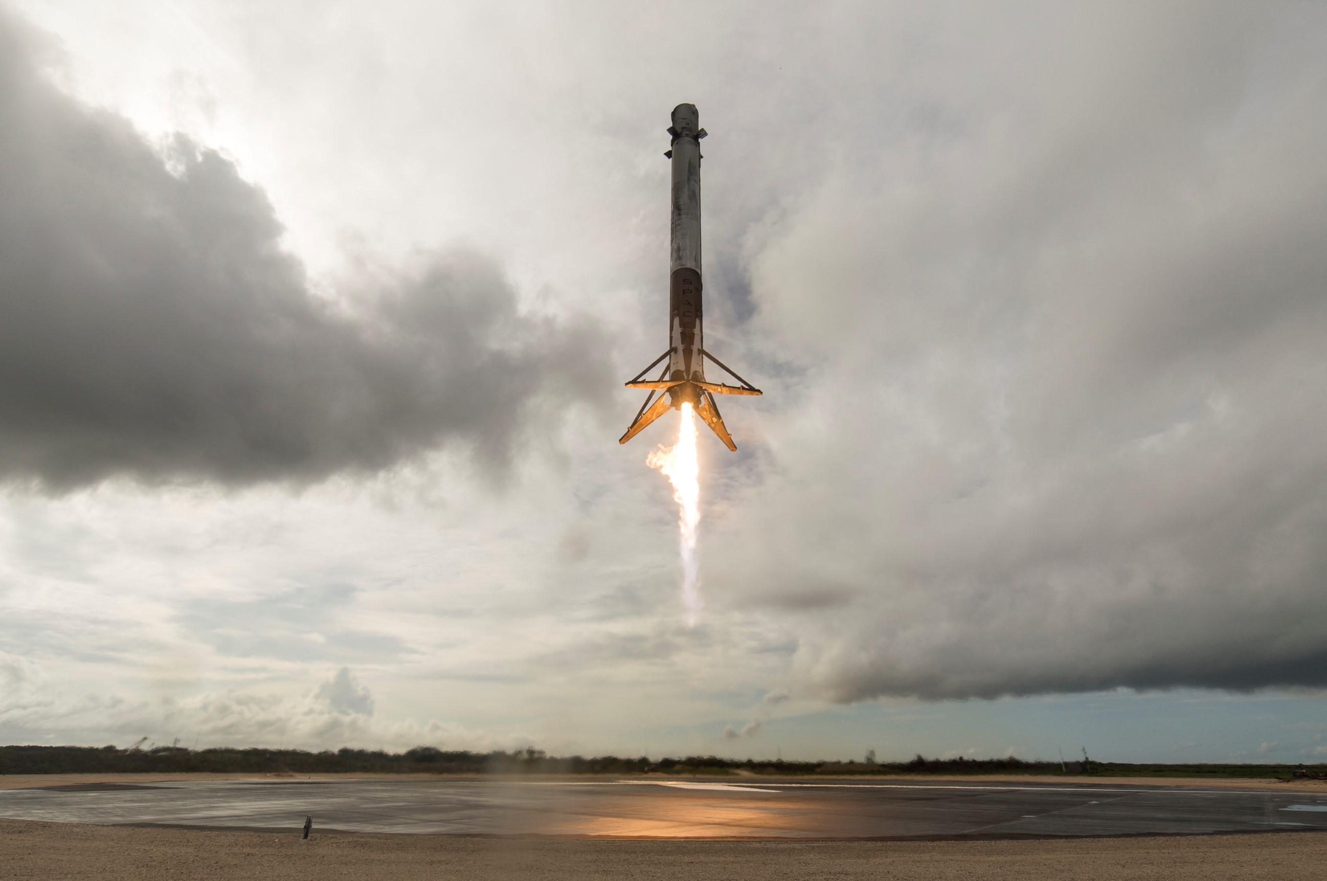 CRS-11 landing (SpaceX)