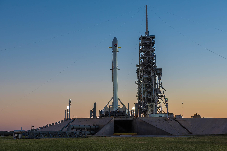 Koreasat 5A dawn 1 (SpaceX)