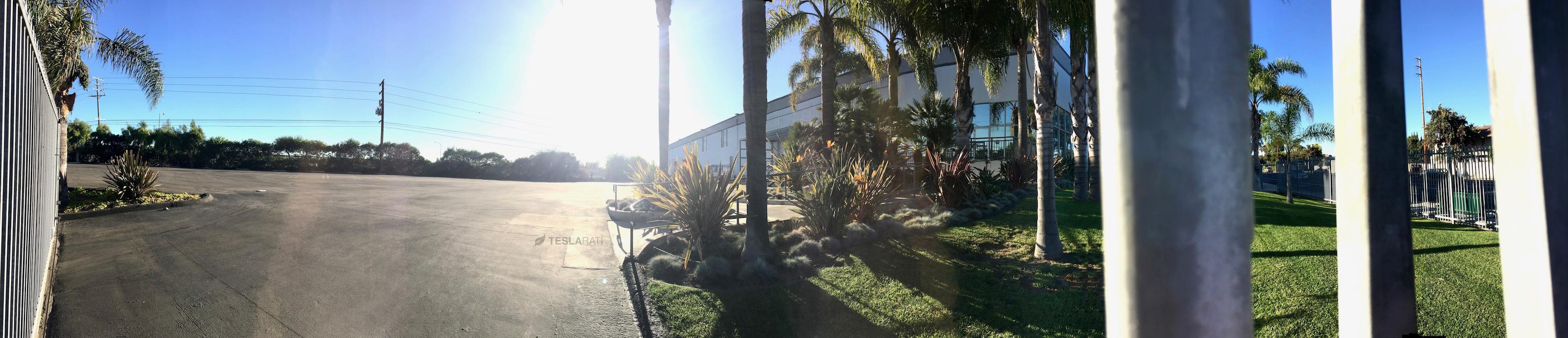 tesla-marina-del-rey-facility-front-pano