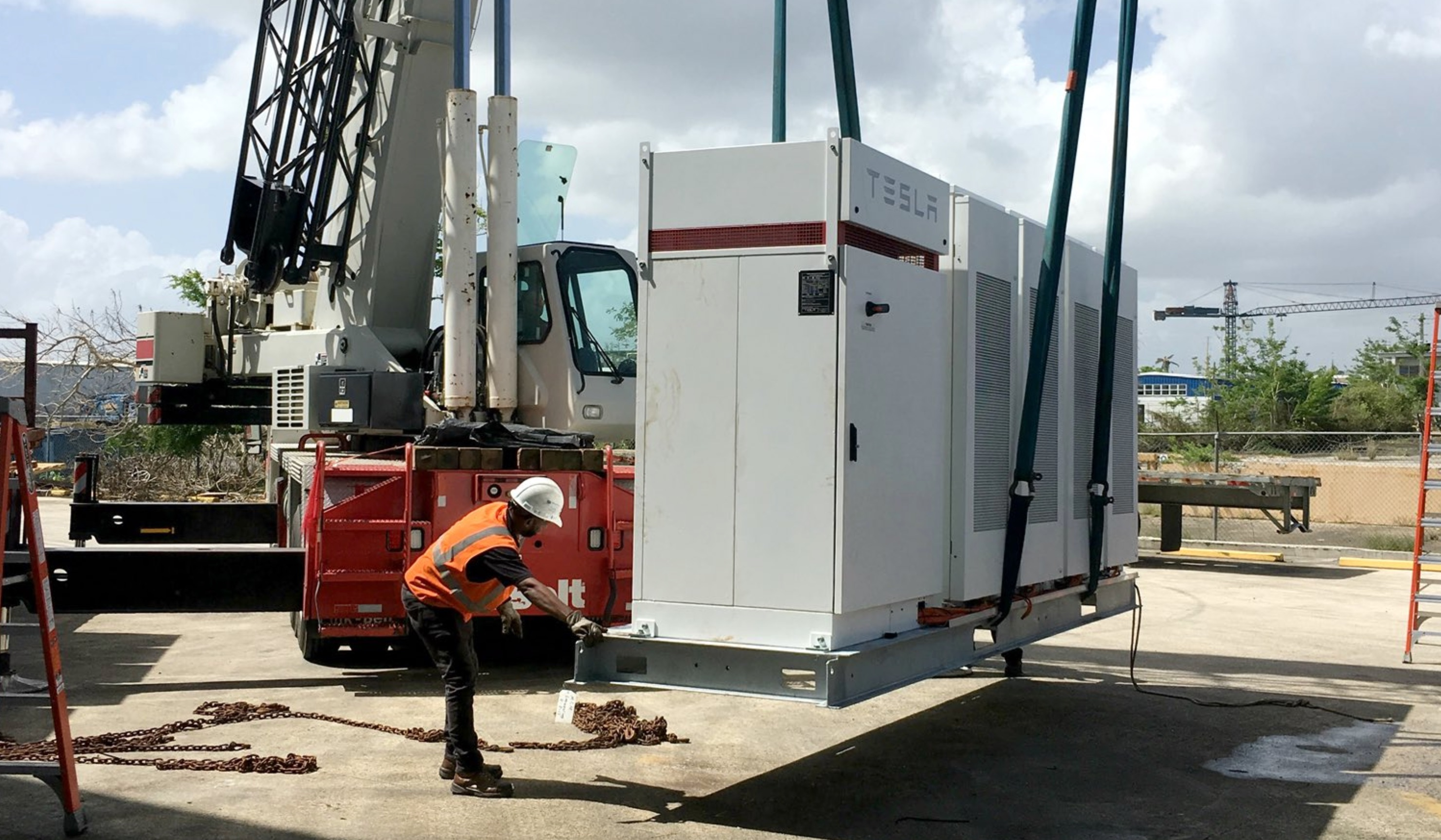 tesla-powerpack-battery-puerto-rico