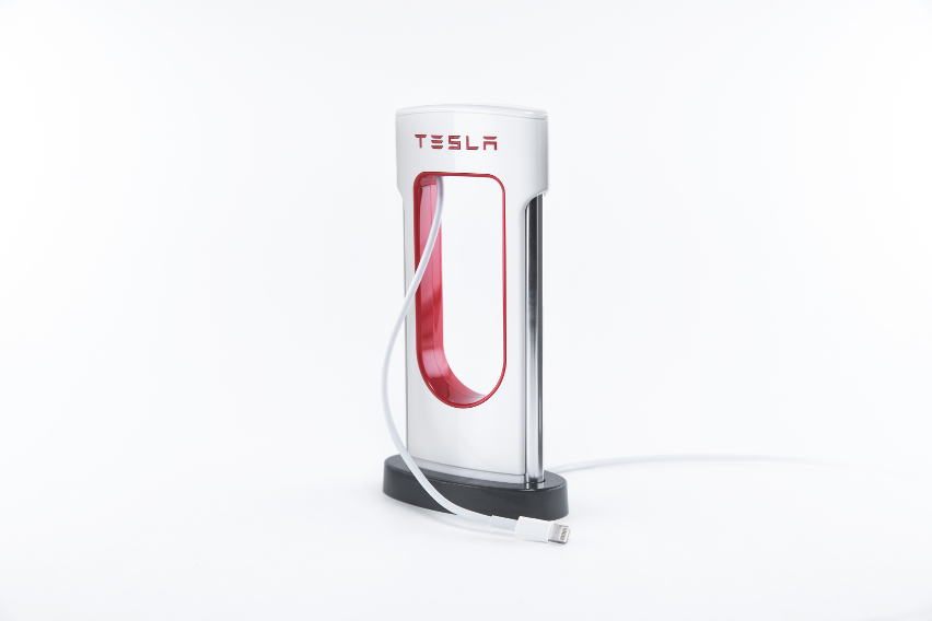 tesla-desktop-supercharger