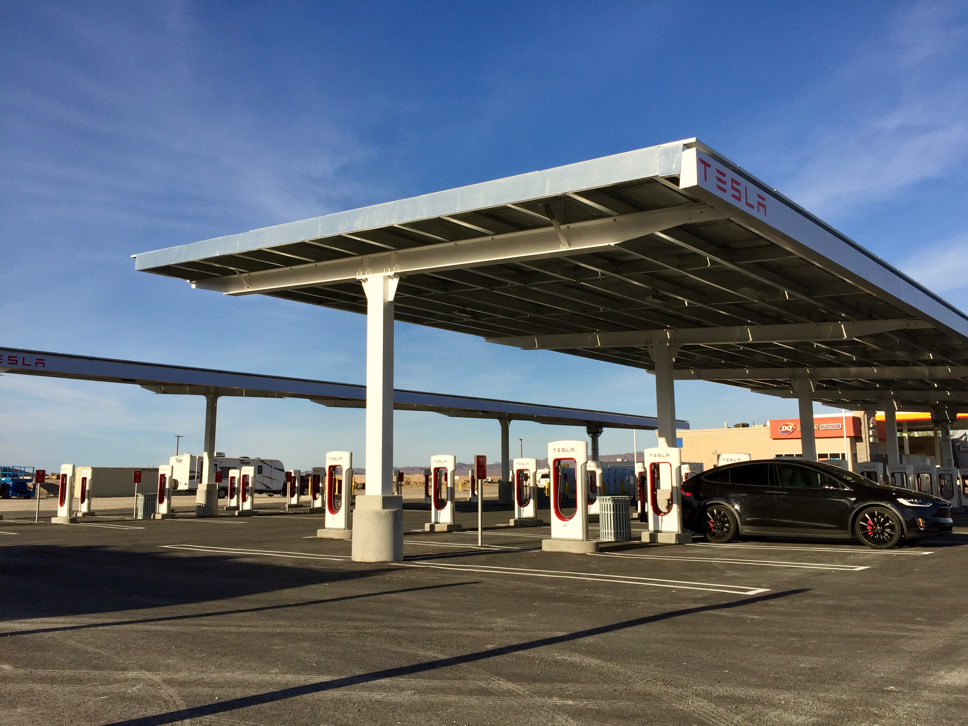 tesla-supercharger-baker-ca-40-stalls-model-x