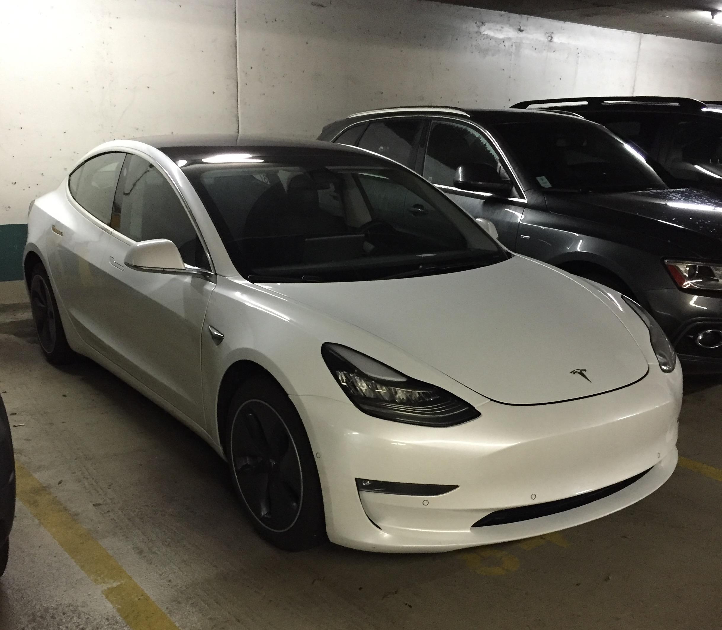 White Tesla Model 3 Rc 87 Vancouver 6 Teslarati