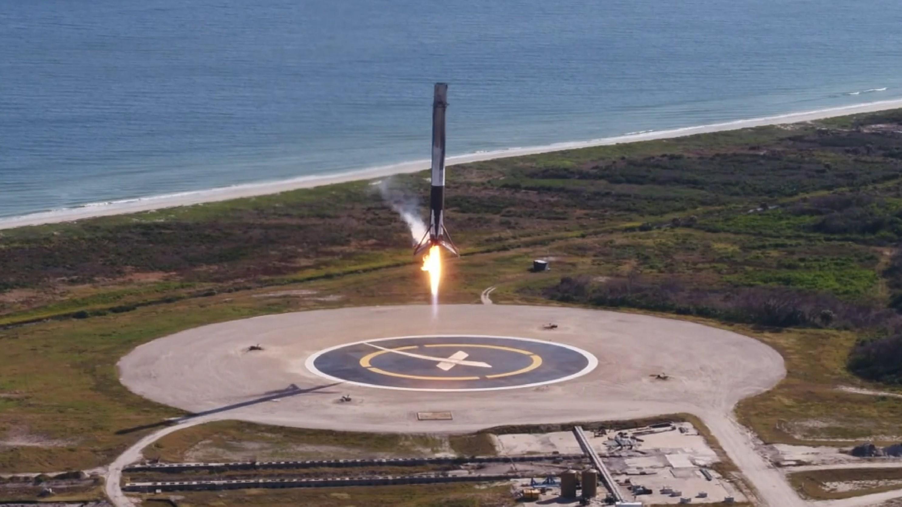 1035 landing (NASA)