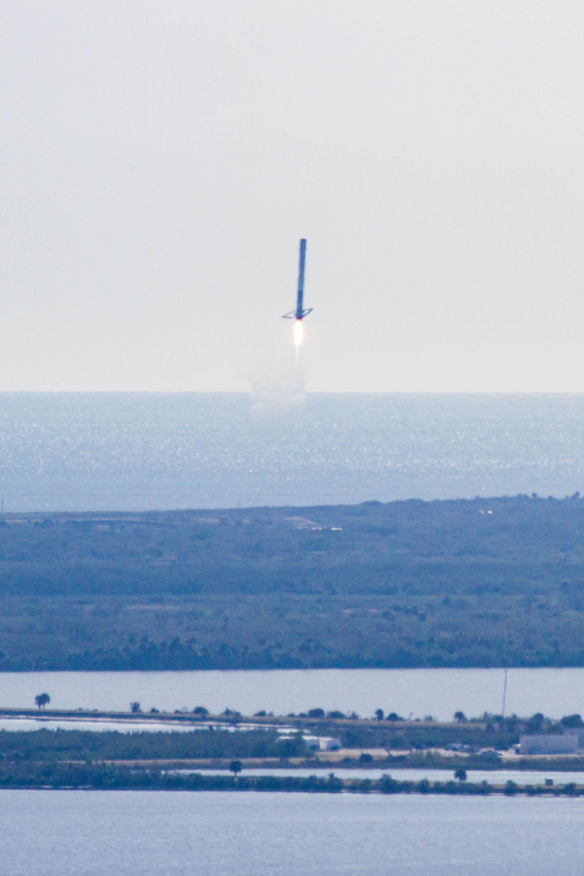 CRS13 landing (SpaceX) (3)