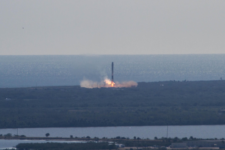 CRS13 landing (SpaceX) (9)