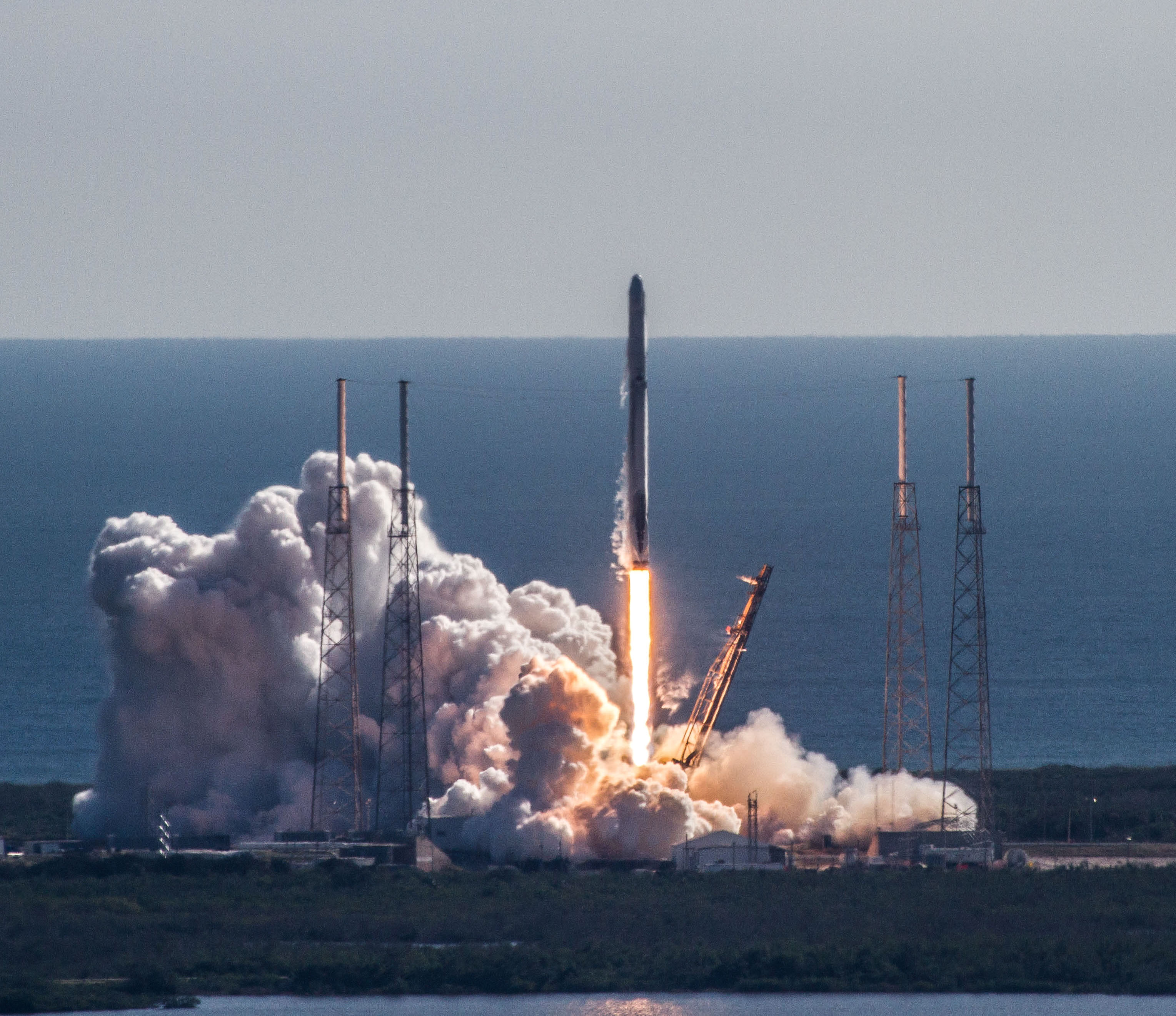 CRS13 launch 3 (SpaceX).jpg