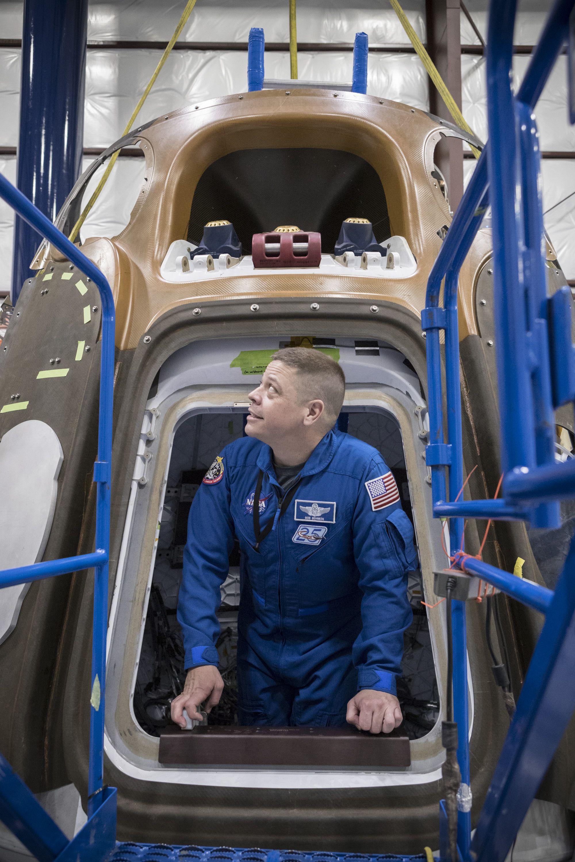 Crew Dragon tour (NASA)