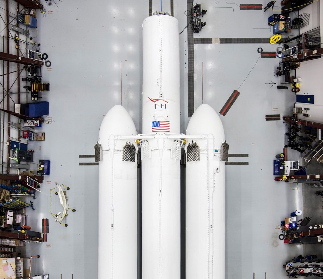 Falcon Heavy LC39A crop (SpaceX)