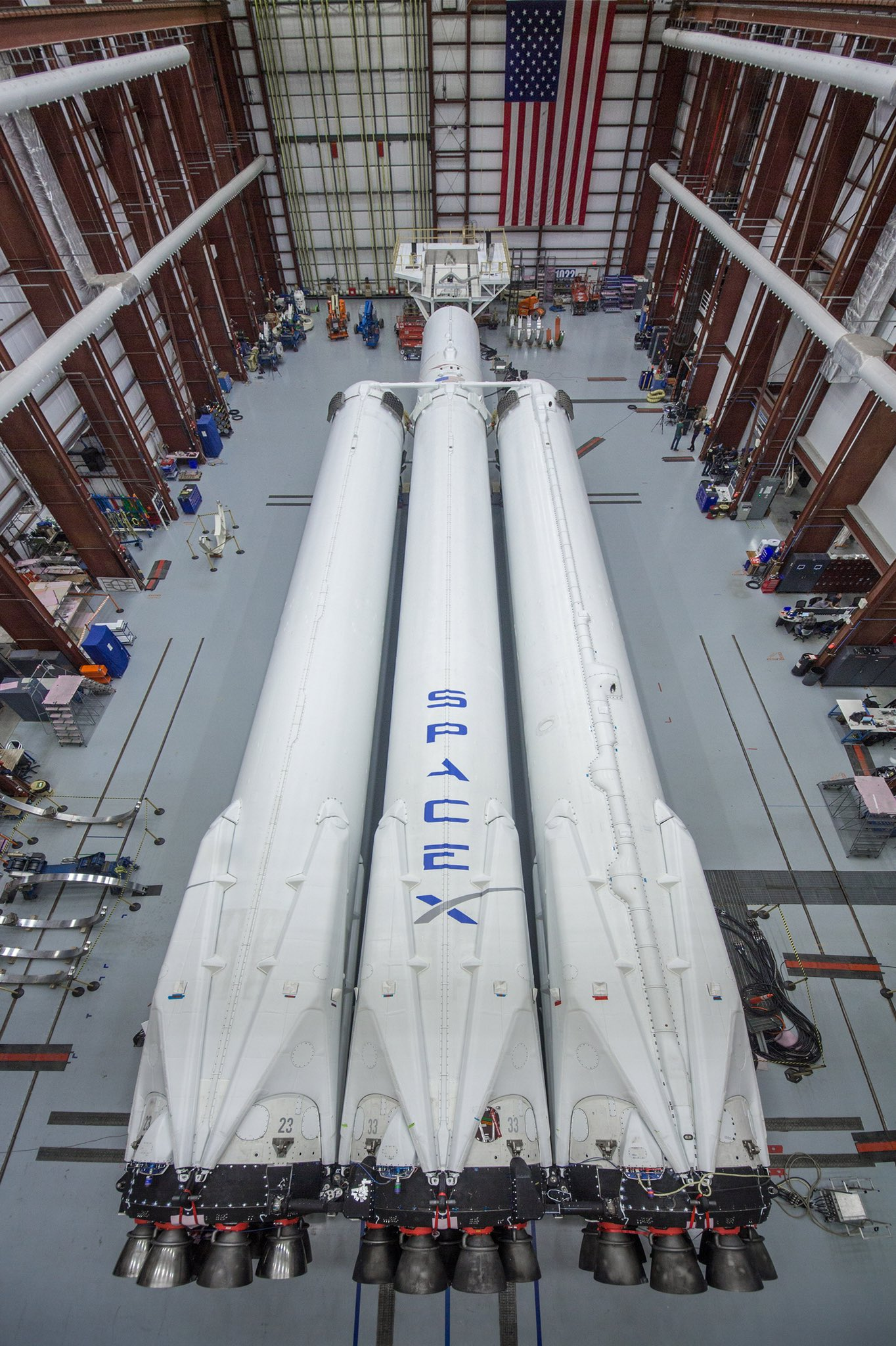 Falcon Heavy at LC39A 2 (SpaceX)