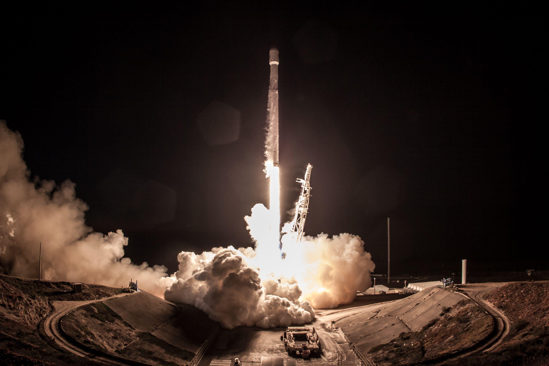 Iridium4 launch closeup (SpaceX)