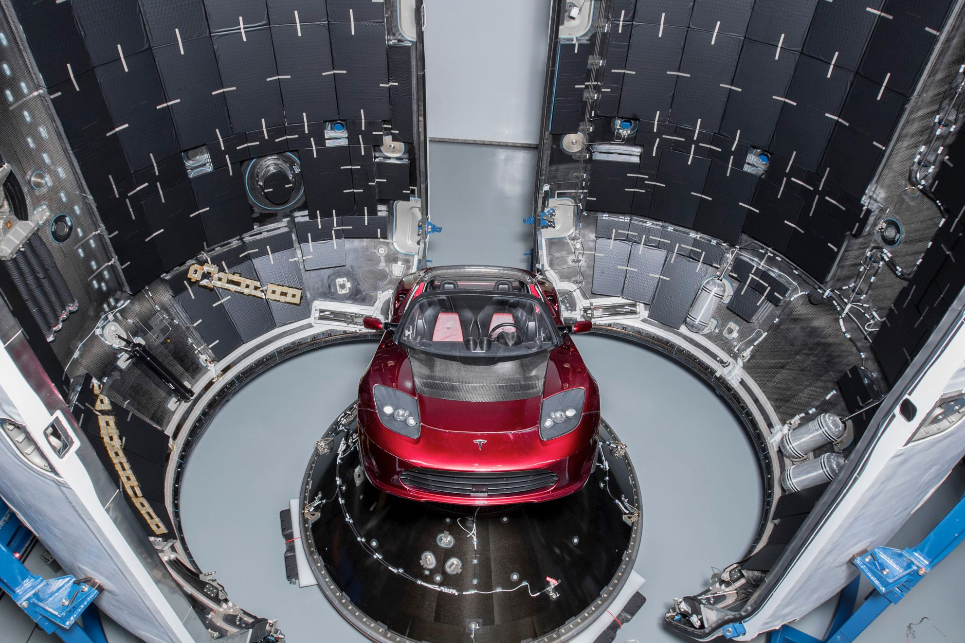Roadster – Falcon Heavy -full (Elon Musk)jpg (3)