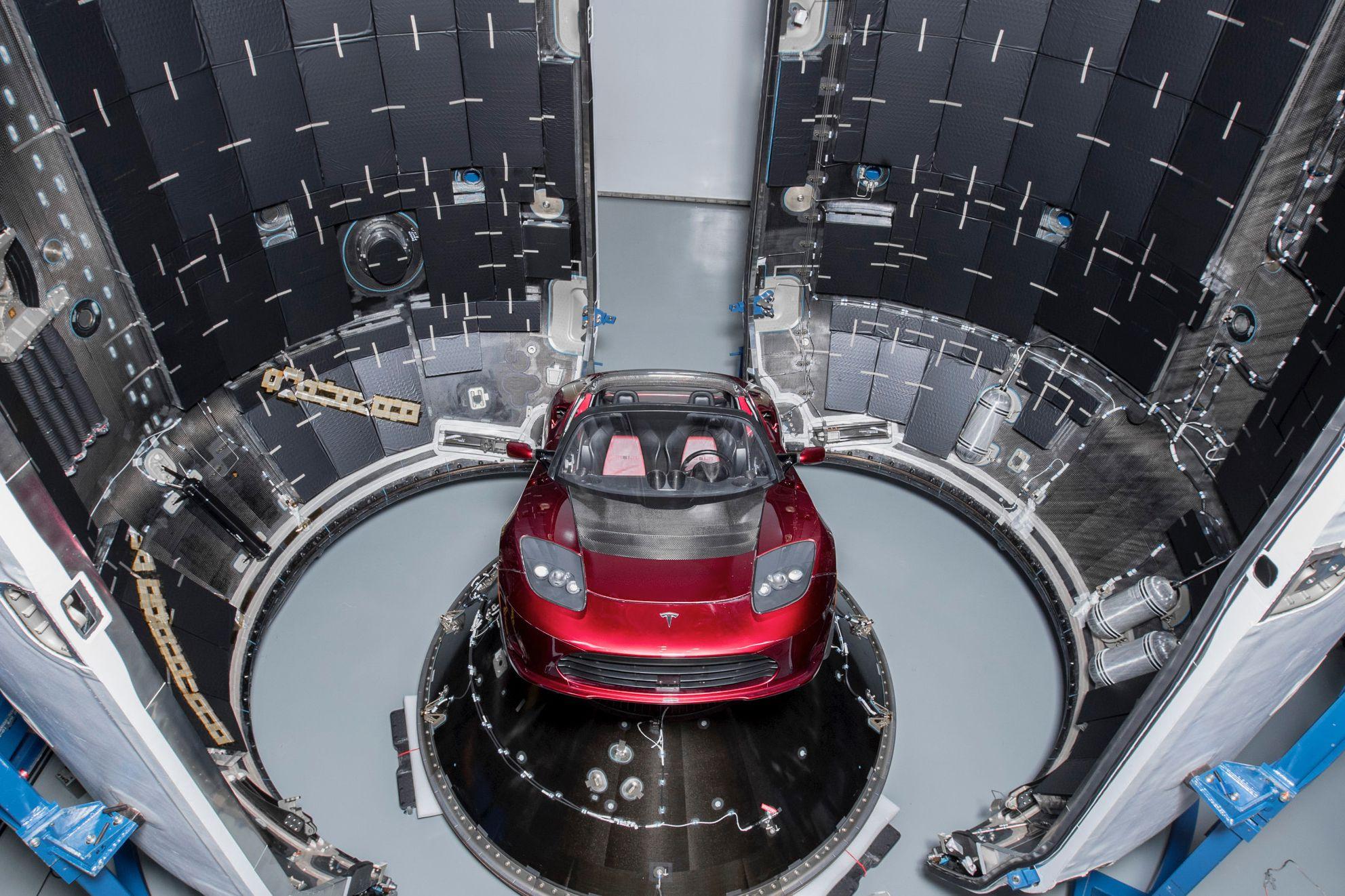 Roadster – Falcon Heavy -full (Elon Musk)jpg (3)