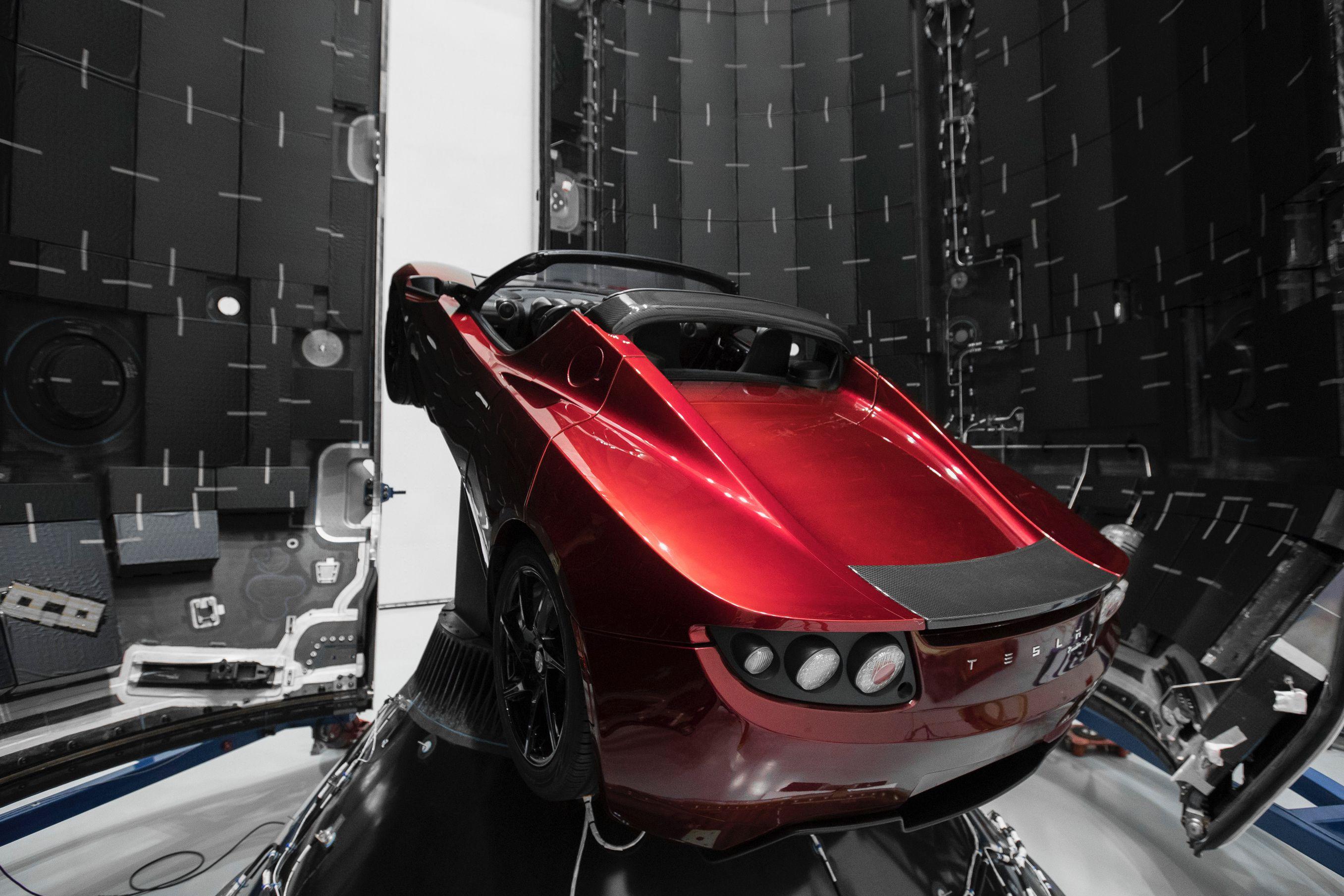 Roadster – Falcon Heavy -full (Elon Musk)jpg (4)