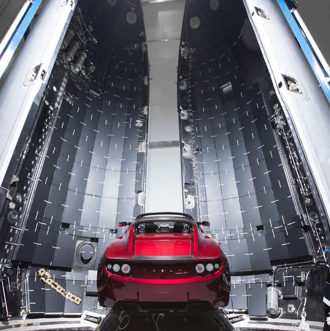 Roadster and Falcon Heavy (Elon Musk) (1)