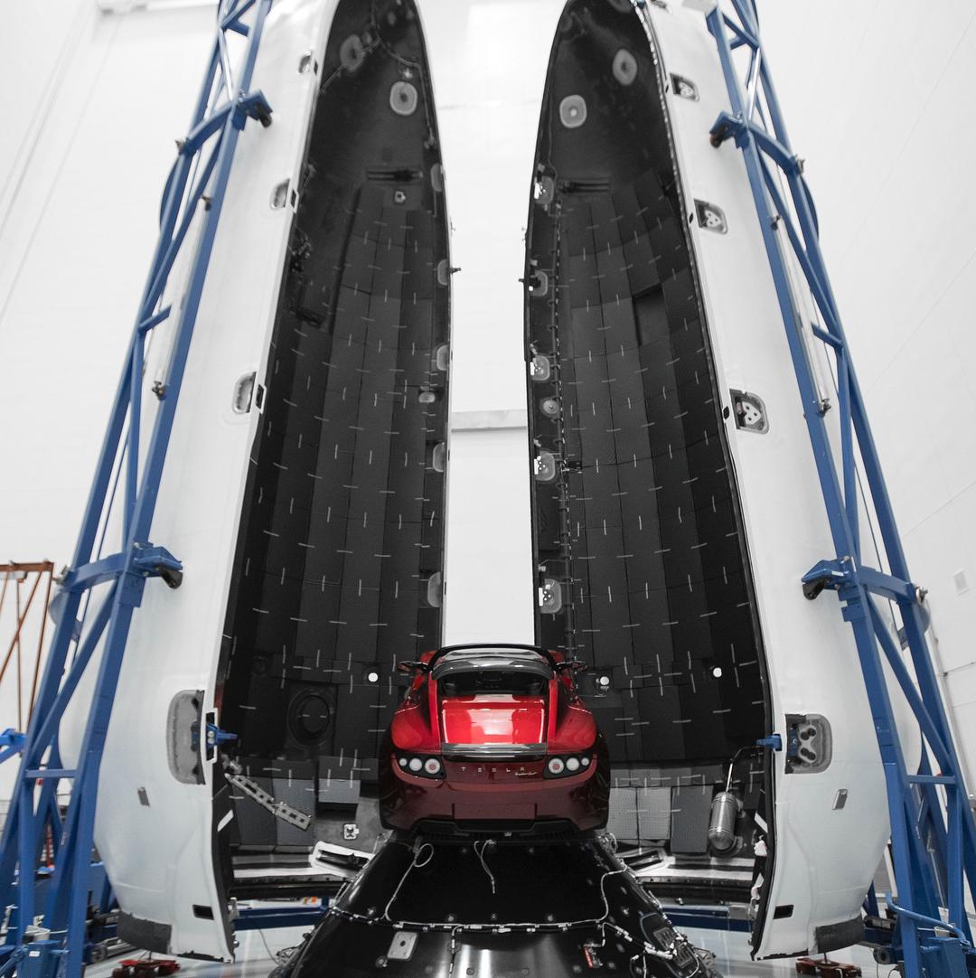 Roadster and Falcon Heavy (Elon Musk) (6)