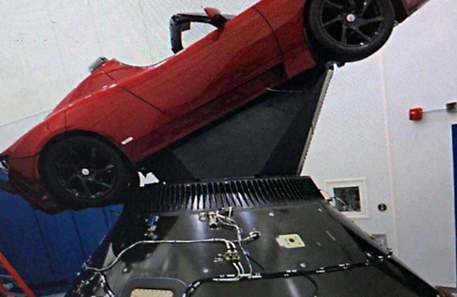 elon-musk-cherry-roadster-spacex-payload-splash