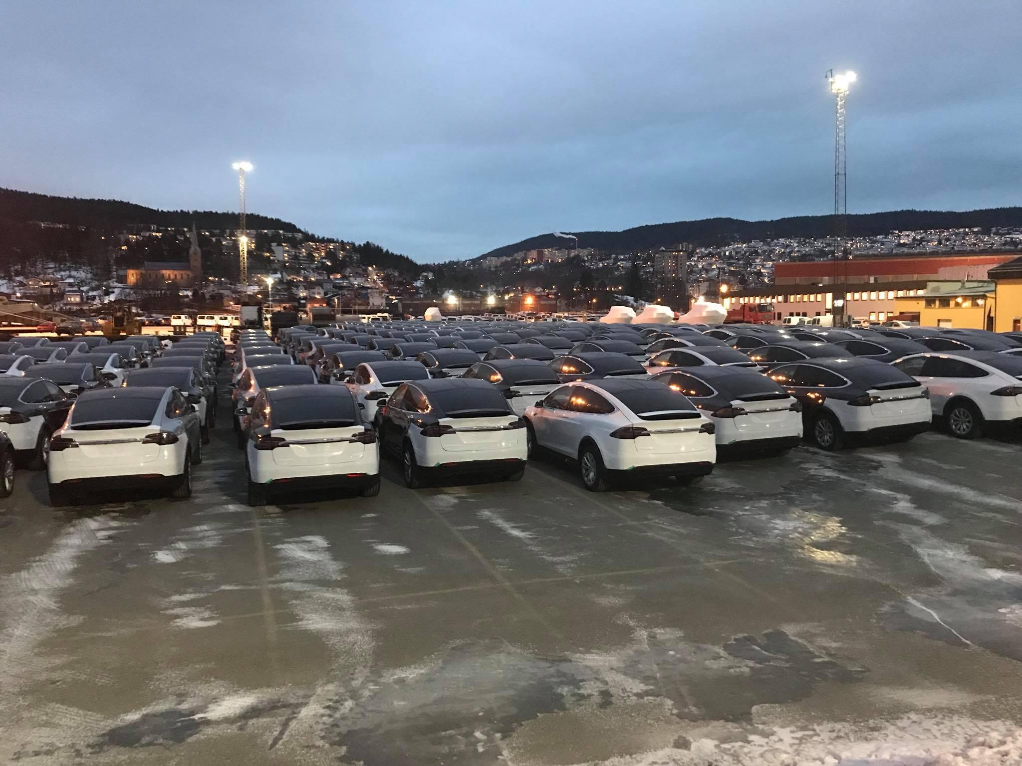 tesla-fleet-shipyard-dock-norway