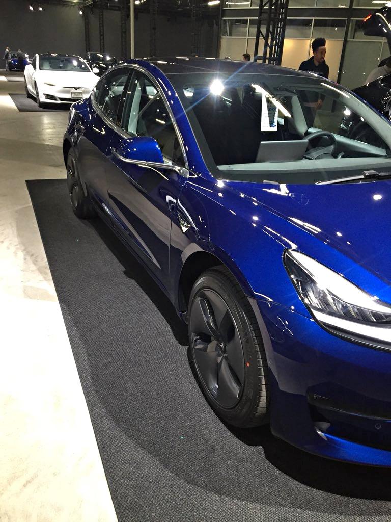 Inside Teslas Marina Del Rey Facility Where Model 3