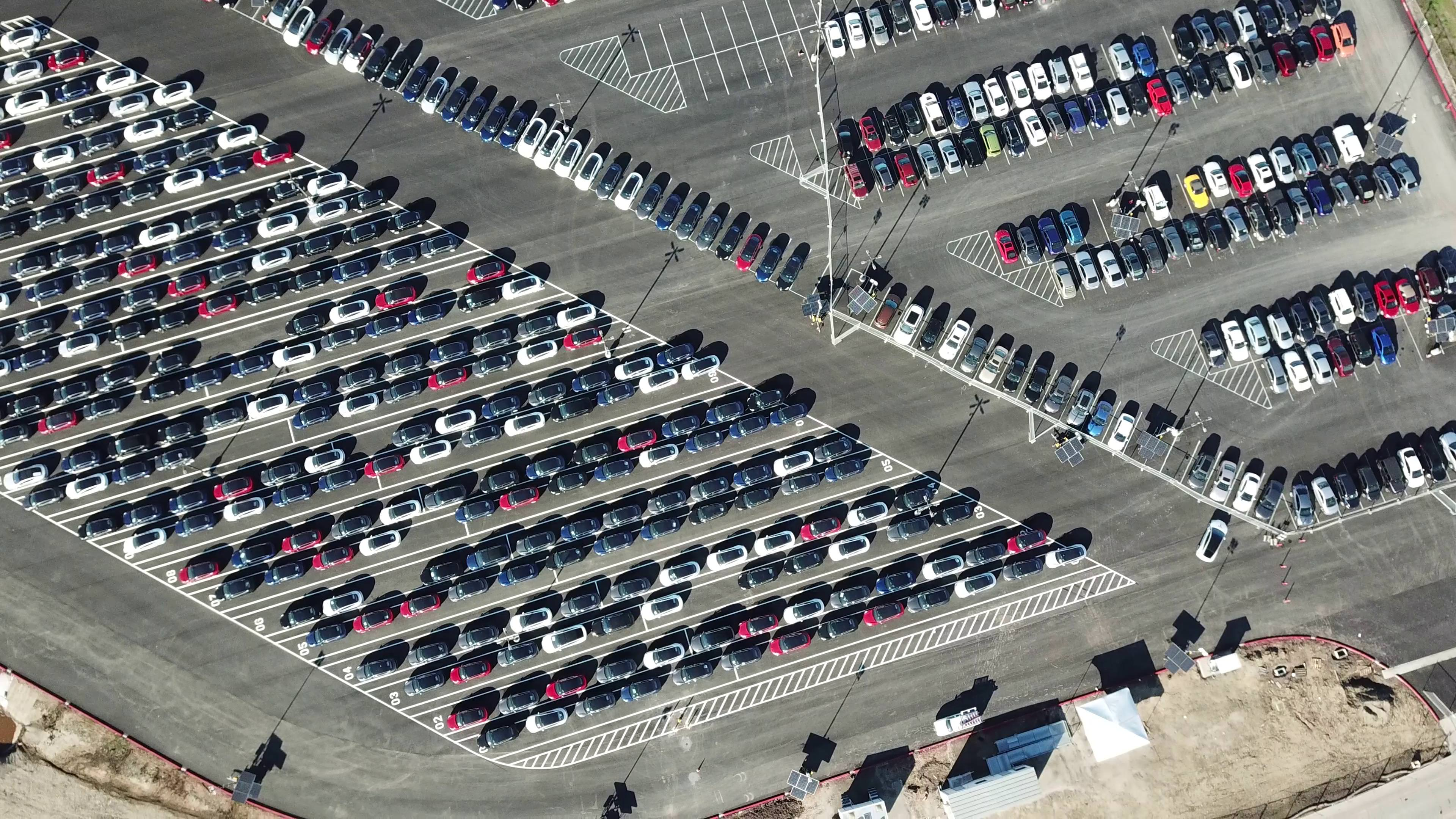 tesla-model-3-inventory-fremont-factory-drone-aerial-6