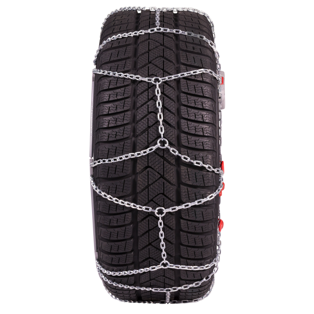 tesla-model-3-snow-chain-tread