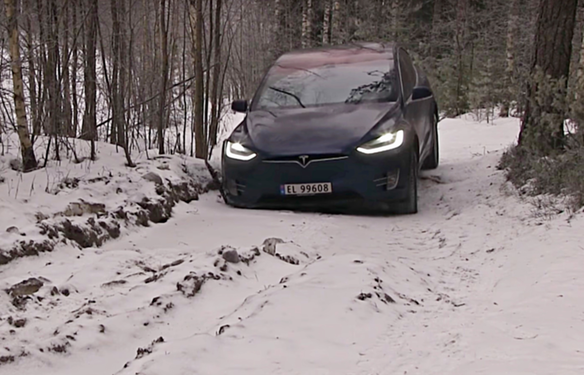 tesla-model-x-snow-off-road-winter-test