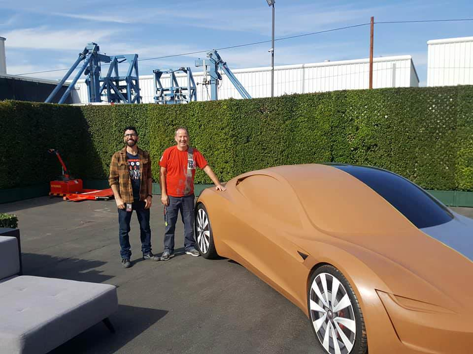 tesla-roadster-clay-model-design-3