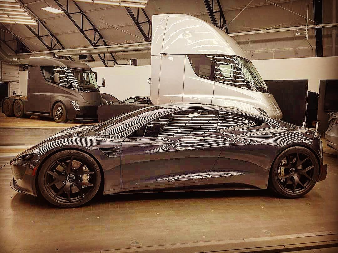 Tesla Model S Interior Update >> tesla-roadster-design-studio-semi-truck - TESLARATI.com