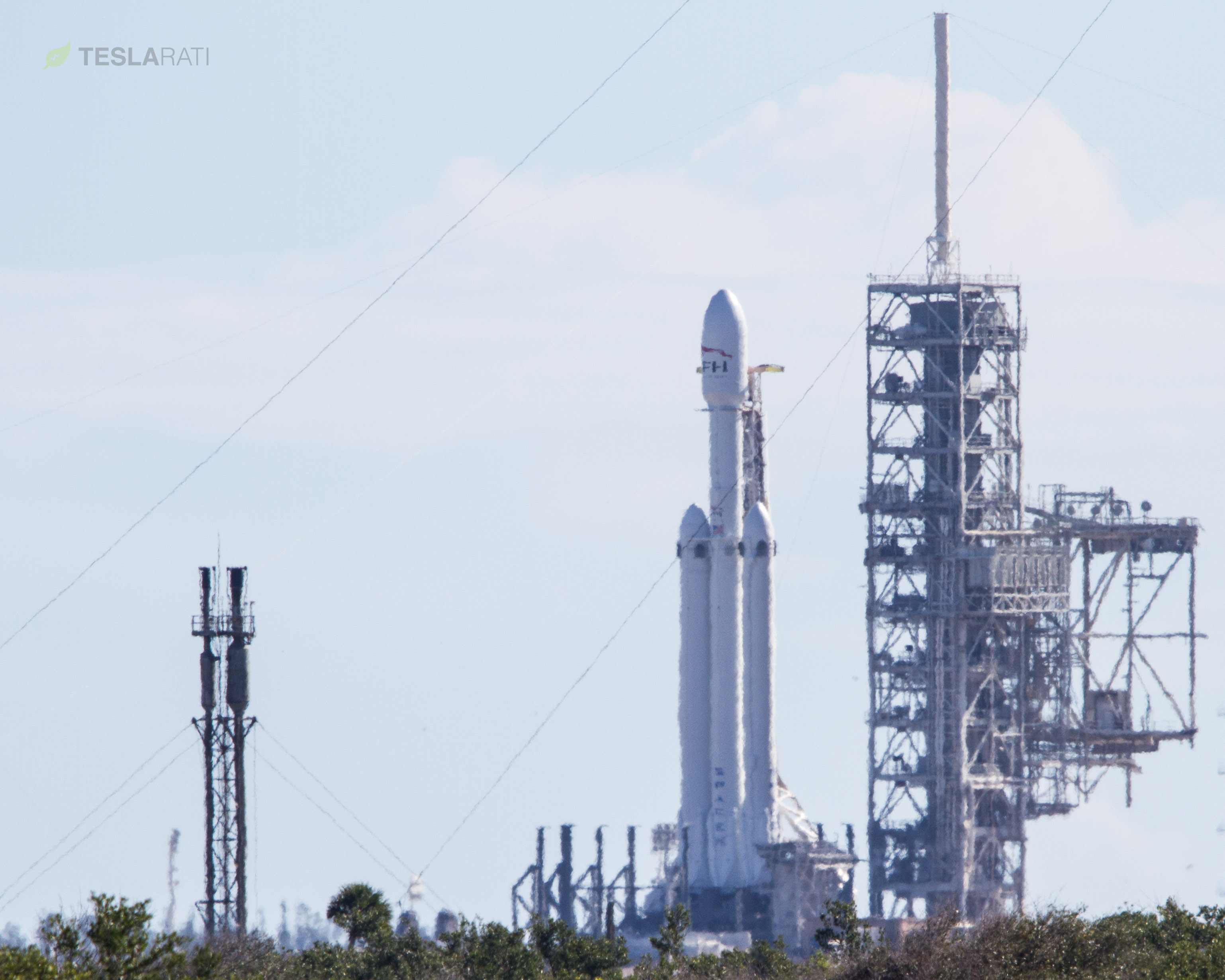 Falcon Heavy ULAcropped-4669