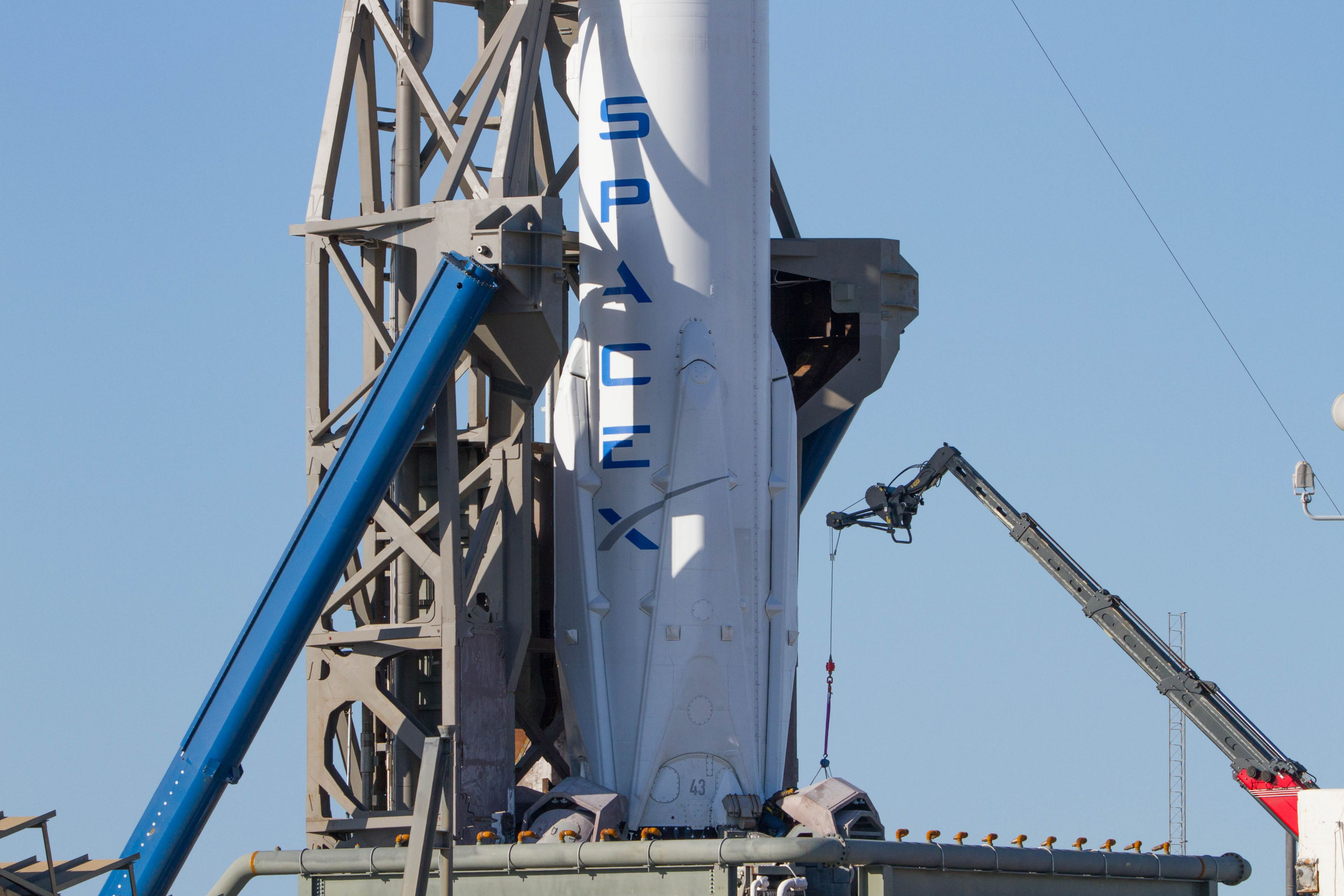 SpaceX Zuma LC40 (Tom Cross) (5)