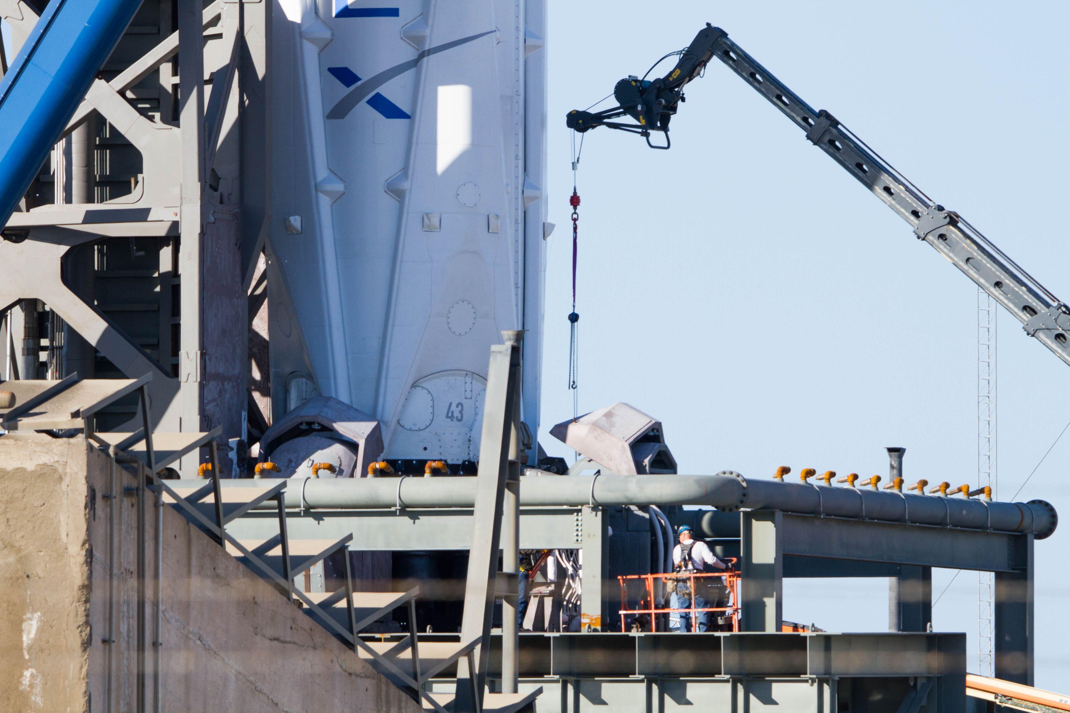 SpaceX Zuma LC40 (Tom Cross) (6)
